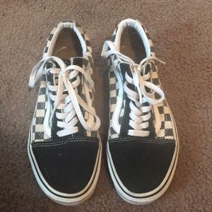 Vans checkered old skool shoes 7.5
